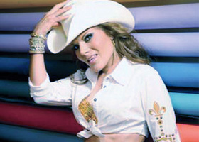 Diana Reyes graba con banda