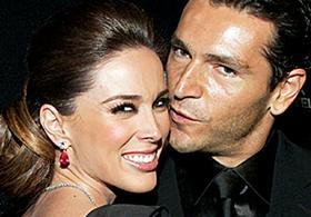 Jacqueline Bracamontes y Martín Fuentes ya son marido y mujer