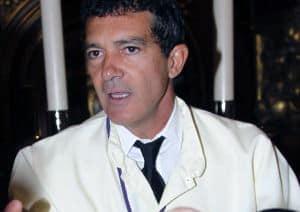 Antonio Banderas participó en procesión