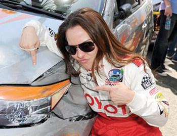 Kate del Castillo es corredora de autos