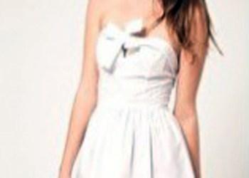 Los lazos, el adorno de moda en los vestidos