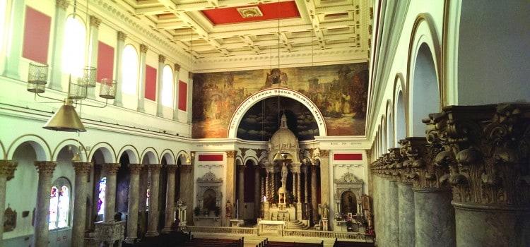Consolidan tres parroquias en Pilsen